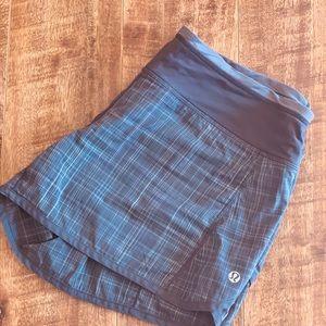 Lululemon Run Speed Shorts Coal Grey Plaid Size 8